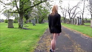Hot CD Naomi Walks In The Cemetery